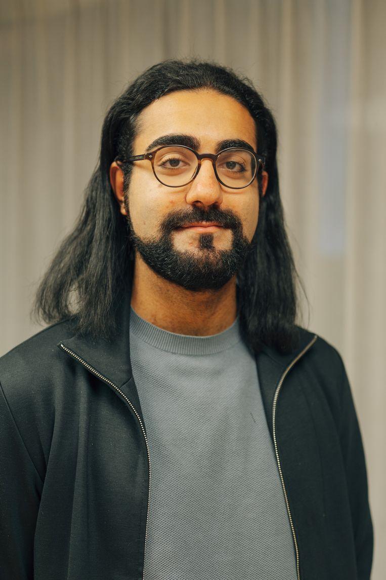 Hassan al Hilou. 'Vanavond willen wij onze koppen bij elkaar steken om de informatiekloof rond corona te dichten.' Beeld Illias Teirlinck