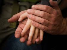 Man (32) hoort celstraf eisen voor ontucht met 9-jarig buurmeisje in Zwolle