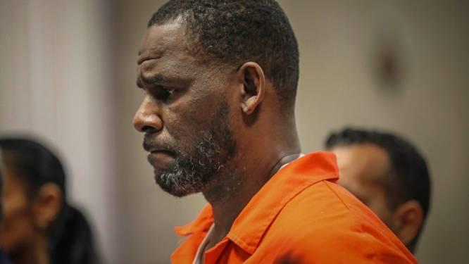 Vlak voor de herstart van zijn proces: R. Kelly maakt bekend dat hij compleet blut is