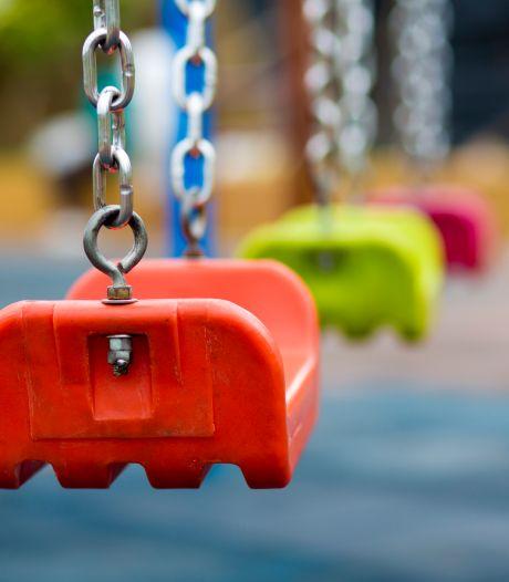 Meisje (14) zwaar mishandeld in speeltuin na opmerkingen over haar geslacht