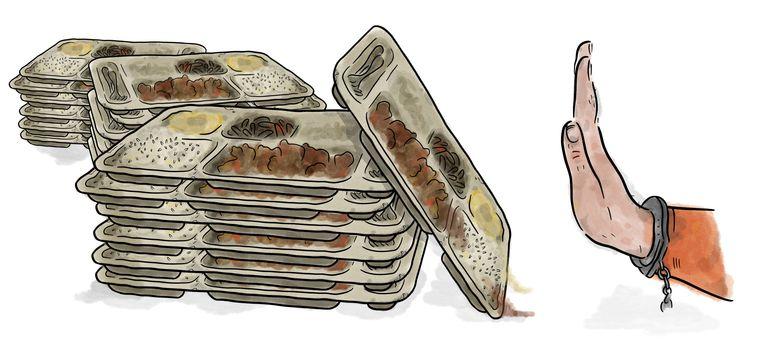Tussen 2016 en juni 2020 stonden in totaal 430 gedetineerden vanwege het stoppen met eten en of drinken onder toezicht van de medische dienst van de gevangenis. Beeld Ilse van Kraaij