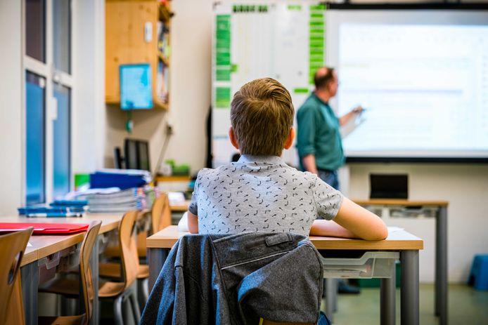 Het lerarenberoep is onaantrekkelijk: 95 procent van de vacatures is van tijdelijke aard met weinig zicht op een vaste job.