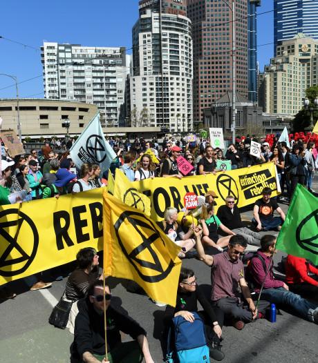 Klimaatdemonstranten protesteren in Utrecht: 'Overheid vertelt niet de waarheid'