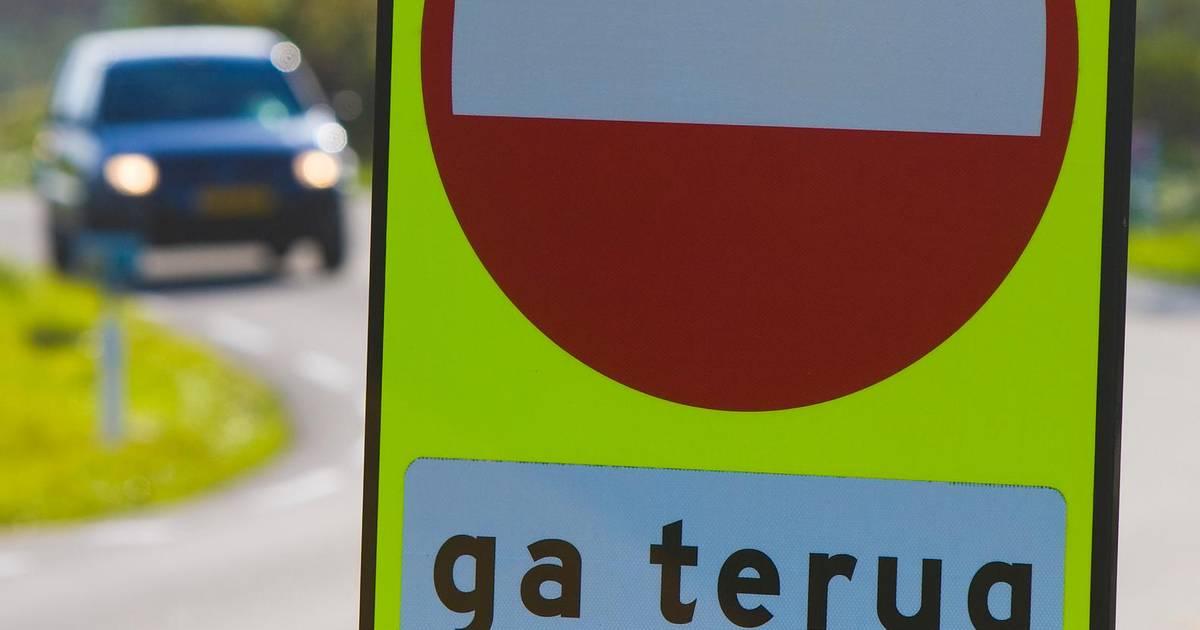 Spookrijder veroorzaakt ongeval op A76, meerdere voertuigen betrokken.