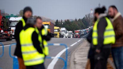 Motorrijder bezwijkt aan verwondingen na ongeval tijdens 'gele hesjes'-protest in Frankrijk