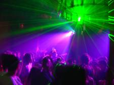 Contactgegevens honderden Achterhoekse feestgangers op straat door blunder in GGD-onderzoek