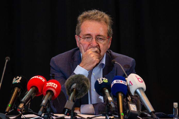 Le ministre-président Rudi Vervoort, samedi, en conférence de presse