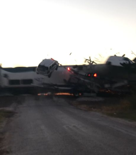 Un train percute un camion bloqué sur un passage à niveau