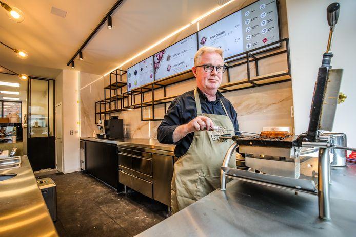 Otto Vlonk in zijn 'OTTO Waffle Atelier'.