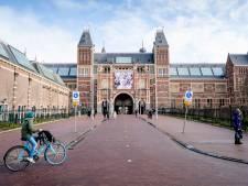Rijksmuseum stelt vanaf woensdag mondkapjes verplicht