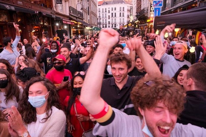 Euforie in de Brussels binnenstad - en de wedstrijd was nog maar halfweg.