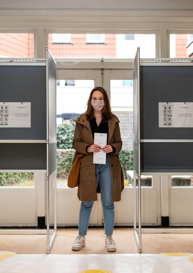 Sara Korving: 'Het huidige leenstelsel is nadelig voor jongeren. Dat moet echt anders.' Beeld Susanne Stange