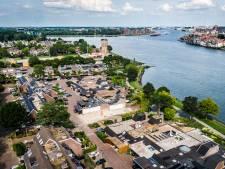 Wethouder onder vuur om vergunning voor herbouw van sloopvilla aan Goudkust van Zwijndrecht