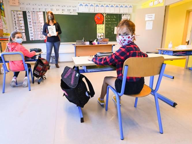 Nieuwe maatregelen noodzakelijk voor scholen: dubbel zoveel besmettingen bij leraren
