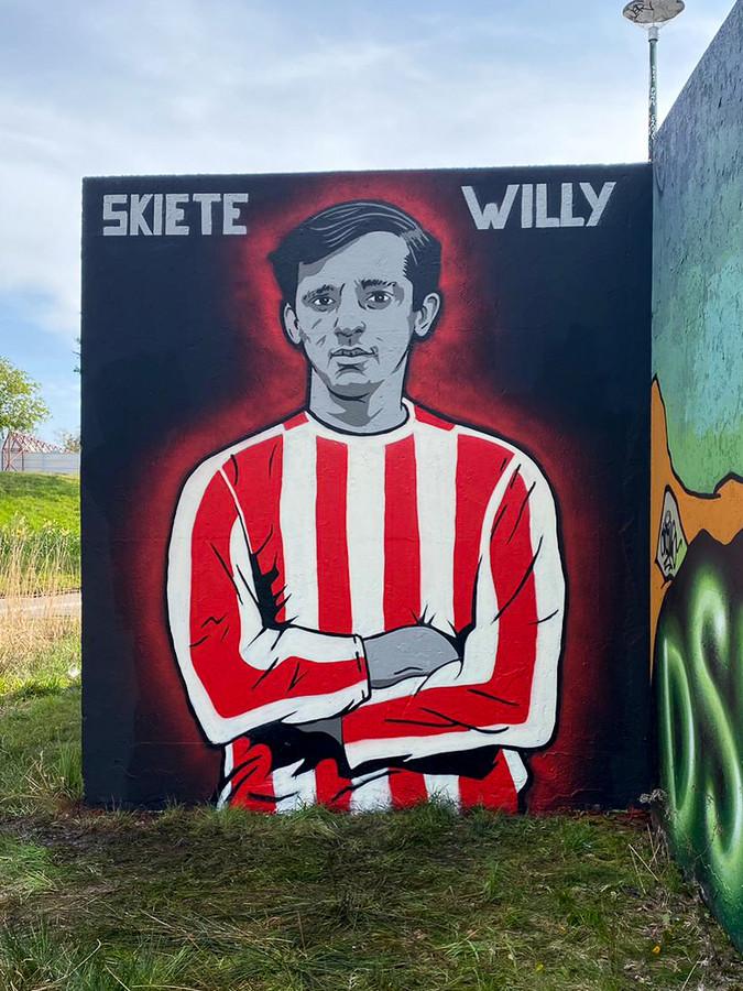 Skiete Willy geëerd in de Berenkuil in Eindhoven.