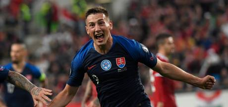Feyenoord gelooft weer in komst Slowaakse spits Bozenik