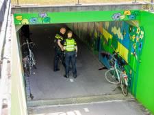 Vrouw raakt gewond bij botsing met andere fietser in tunnel onder Coevorderweg bij Ommen
