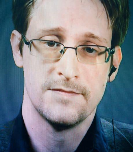 Edward Snowden salue le rejet de l'extradition de Julian Assange