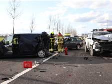 Ravage op A2 bij Enspijk: rijstroken dicht na ongeluk met gewonde