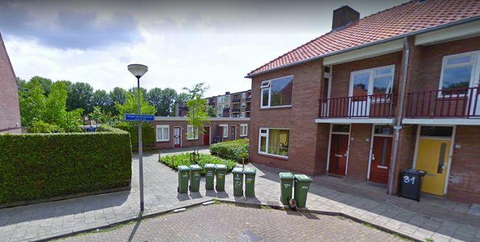 De kleinere woningen (midden) aan de Adriaen van Ostadestraat gaan in november tegen de vlakte.