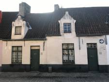 Stad verkoopt arbeidershuisjes uit 16 de eeuw: bieden kan vanaf 130.000 euro