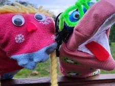 'Club voor Eenzame Sokken' streeft in Oldenzaal naar tweede leven voor alleenstaande sok en de populariteit van groene schoolpleinen