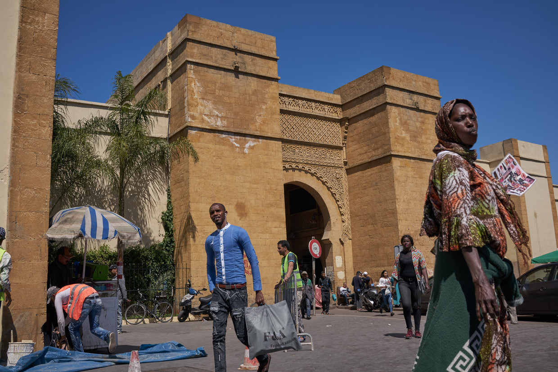Straatverkopers in de oude stad van Casablanca