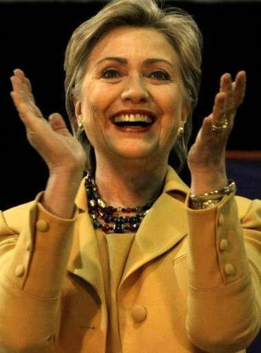 Hillary Clinton ziet haar voorsprong op Obama slinken.