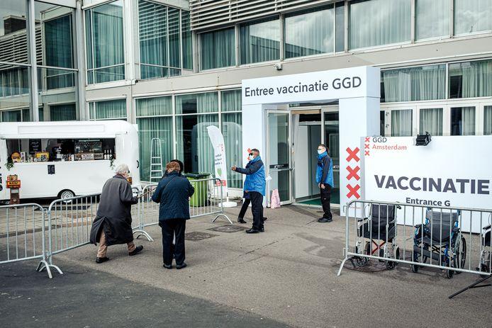 GGD-vaccinatielocatie bij de RAI.