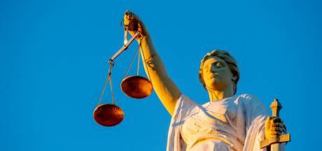 Drie jaar celstraf geëist voor van ontucht verdachte Rhenense tantramasseur