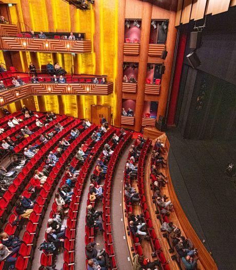 Lachen en huilen bij - eindelijk! - concert Stef Bos in Zwolle: 'Zo heerlijk!'