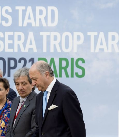 """La """"pré-COP"""" se poursuit à Paris"""