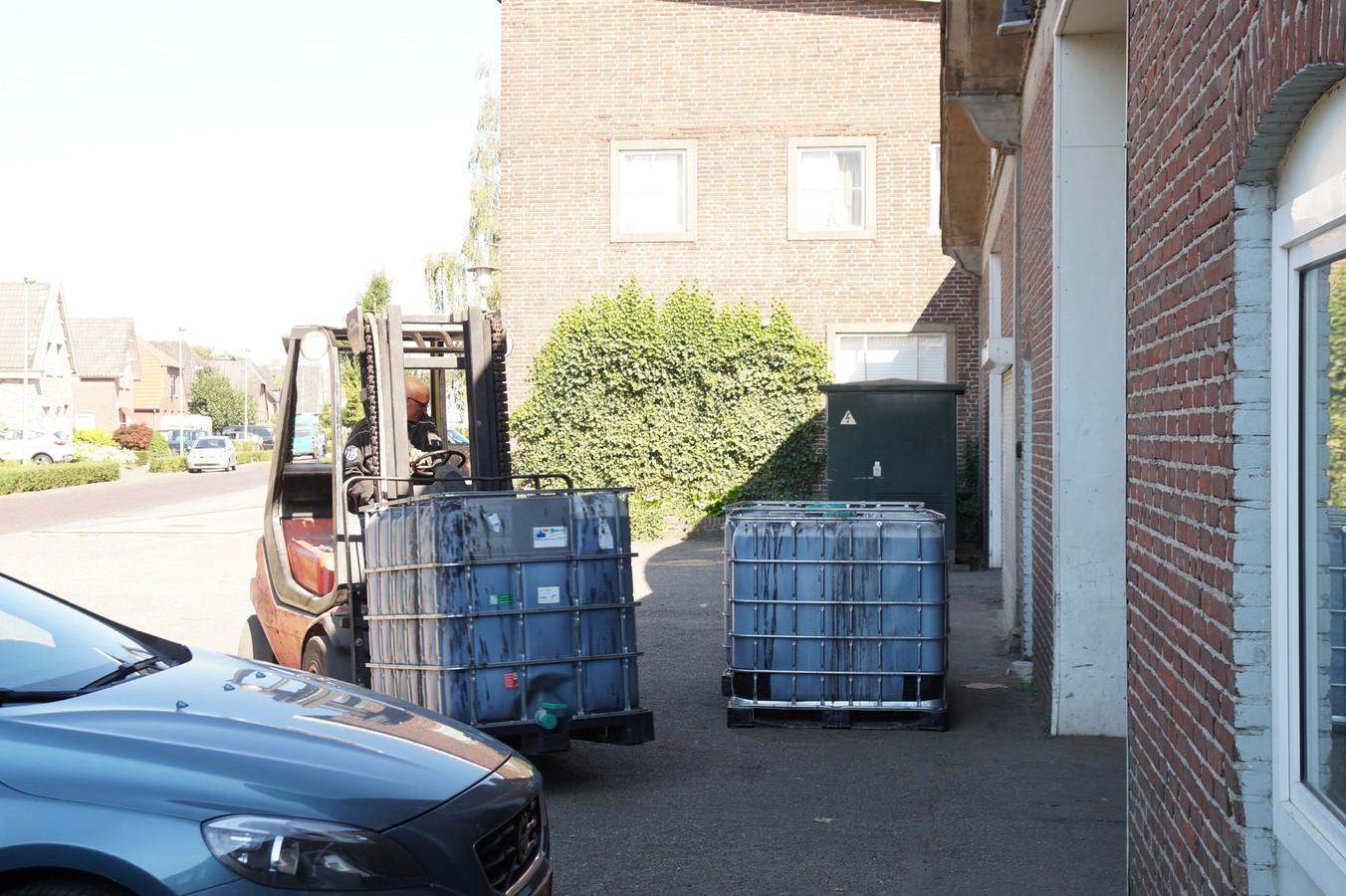 Inval in een pand aan de Scheidingstraat in Elshout.