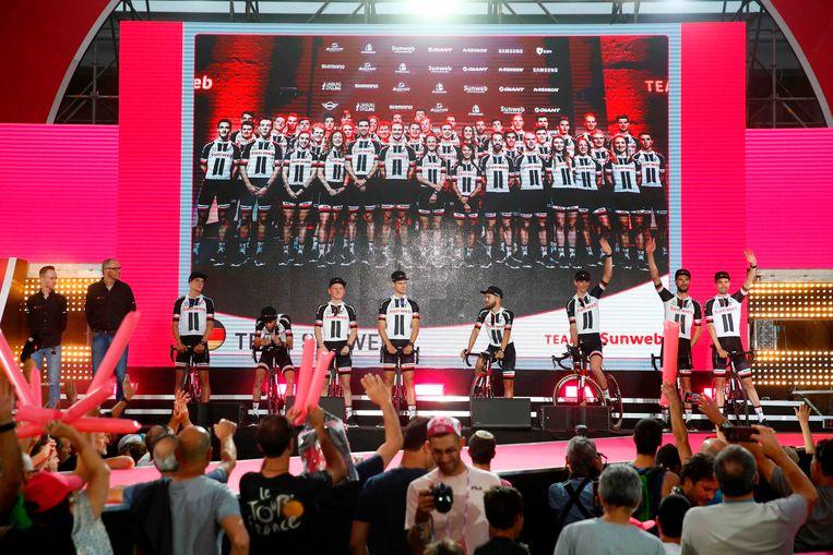 De voorstelling van Team Sunweb. Beeld AFP