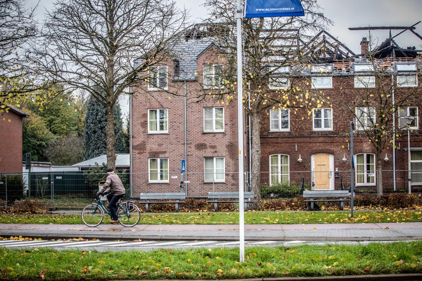 Naar aanleiding van de brand in het toekomstige asielcentrum in Bilzen, bracht Vlaams minister van Samenleven en Binnenlands Bestuur Bart Somers een werkbezoek bij burgemeester Johan Sauwens