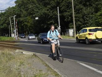 Bestuurders negeren massaal verbodsborden: politie schrijft 2.160 euro aan boetes uit