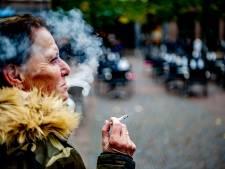 Kabinet: alle rookhokken weg
