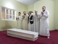 Honderden mensen bij uitvaart doodgeschoten Mohammed