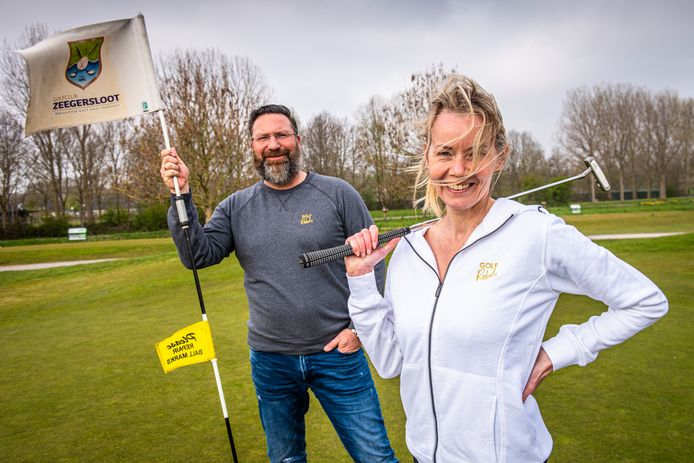 Mark Uittenbogaart en Annemarie Kalkman showen hun 'rebelse' golfkleding.