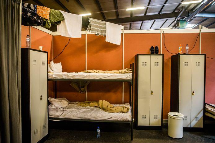 Noodopvang van vluchtelingen in de Zeelandhallen in 2015.