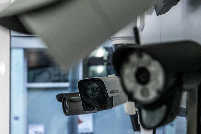 In Twente kan de politie beelden opvragen van duizenden bewakingscamera's van particulieren.