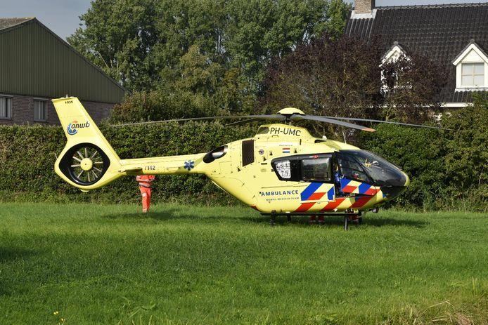 Twee ambulances en een traumahelikopter kwamen ter plaatse.