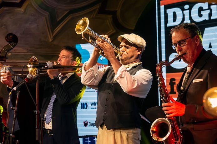 Afsluiting van DigiJazz met optreden van een All-Star Breda Jazzfestival-muzikanten. vlnr: Bert Boeren, Michael Varekamp en Antoine Trommelen.