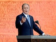 Bush waarschuwt Trump: macht soms verslavend