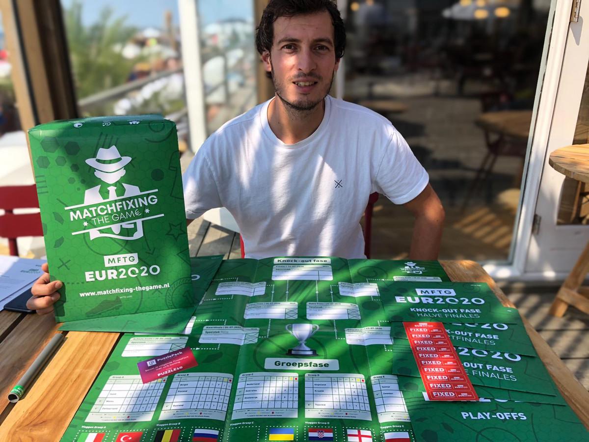 Nicky Nuytemans met het EK-spel Matchfixing The Game – EUR2020.