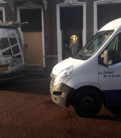 Herenmodezaak WOLF Oss herstelt de schade van de inbraak: 'Ik hoop dat ze de daders pakken'