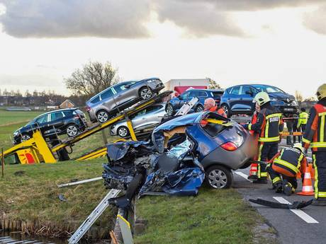 Vrouw (44) overleden na ongeval N209 in Hazerswoude-Dorp