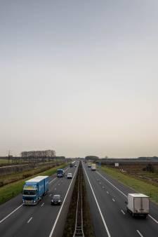 Wie wil welke windturbine langs de A15 bouwen?