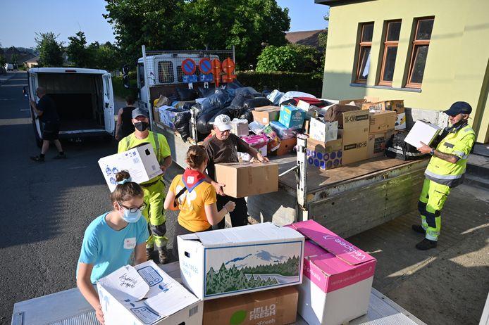 Een achtkoppig team ging maandag al een eerste keer hulp bieden in de door wateroverlast getroffen regio rond Luik.