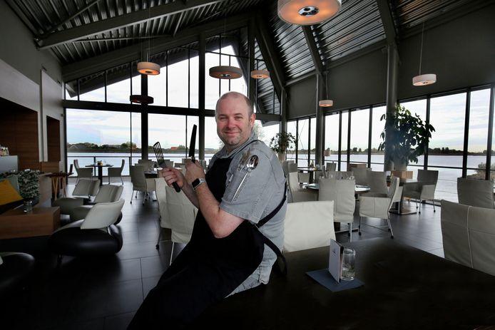 Chef-kok en eigenaar Erik Hermans van De Limonadefabriek in Streefkerk.